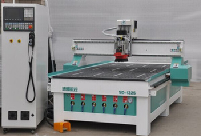 Linear Auto tools changer cnc router machine SD1325C for cabinet furniture