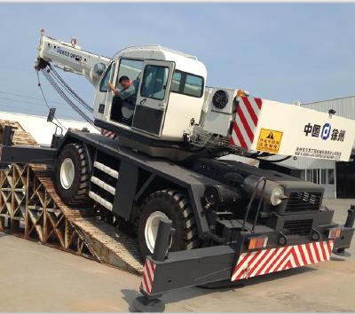 XJCM rough terrain crane/ 30T rough terrain crane/30T truck crane/30tonrough terrain crane